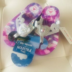 NWT Frozen Elsa Anna Stride Rite Tiara Thong shoes